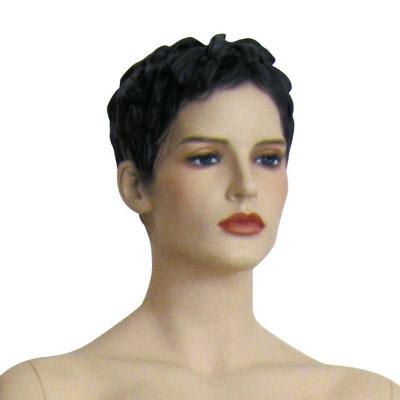 Mannequin femme, cheveux sculptés, bras le long du corps