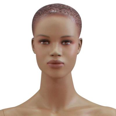 Mannequin femme afro, cheveux sculptés, bras le long du corps