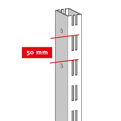 Montant 2 faces double perforation pas de 50 mm