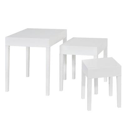 Tables gigognes carrées laquées