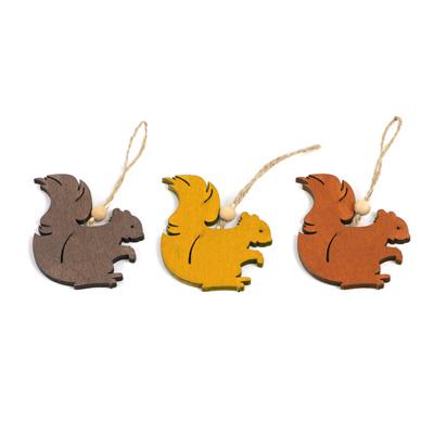 Pendentif en forme d'écureuil en bois